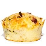Muffins mit Röstzwiebeln und Schinken