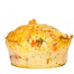 Muffins mit Tomaten-Mozzarella (Caprese)