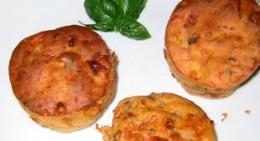 Muffins mit Tomaten und Mozzarella